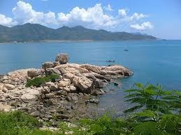 Du lịch Cát Bà - bãi biển xã HIền Hào