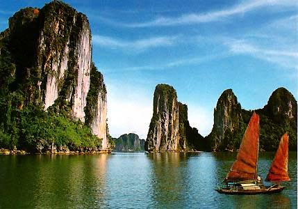 Tận hưởng cuộc sống với tour đi du lịch biển Hạ Long - Cát Bà