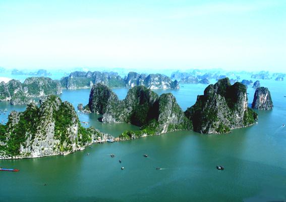 Vẻ đẹp thiên nhiên vịnh Hạ Long