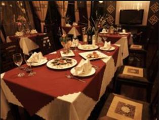 Nhà hàng sang trọng tại khách sạn phục vụ các món hải sản ngon