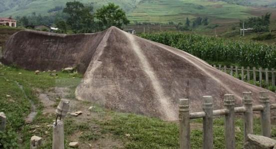 Bãi đá cổ Sapa