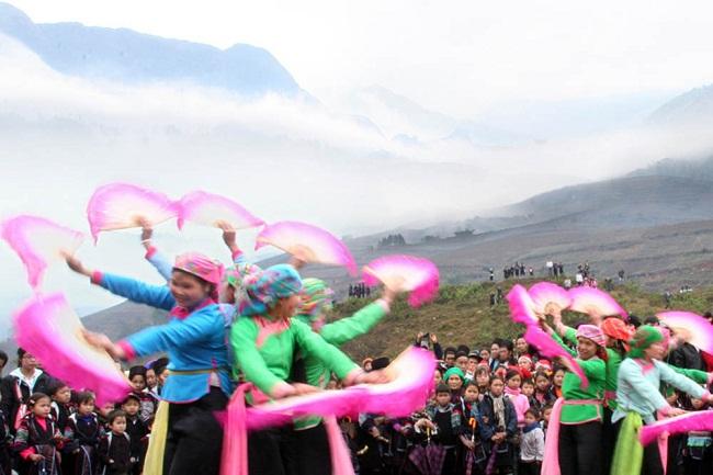 Lễ hội Roóng Poóc của người dân tộc Giáy